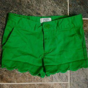 CROWN & IVY Green Scallop Hem Shorts Chino SZ 4